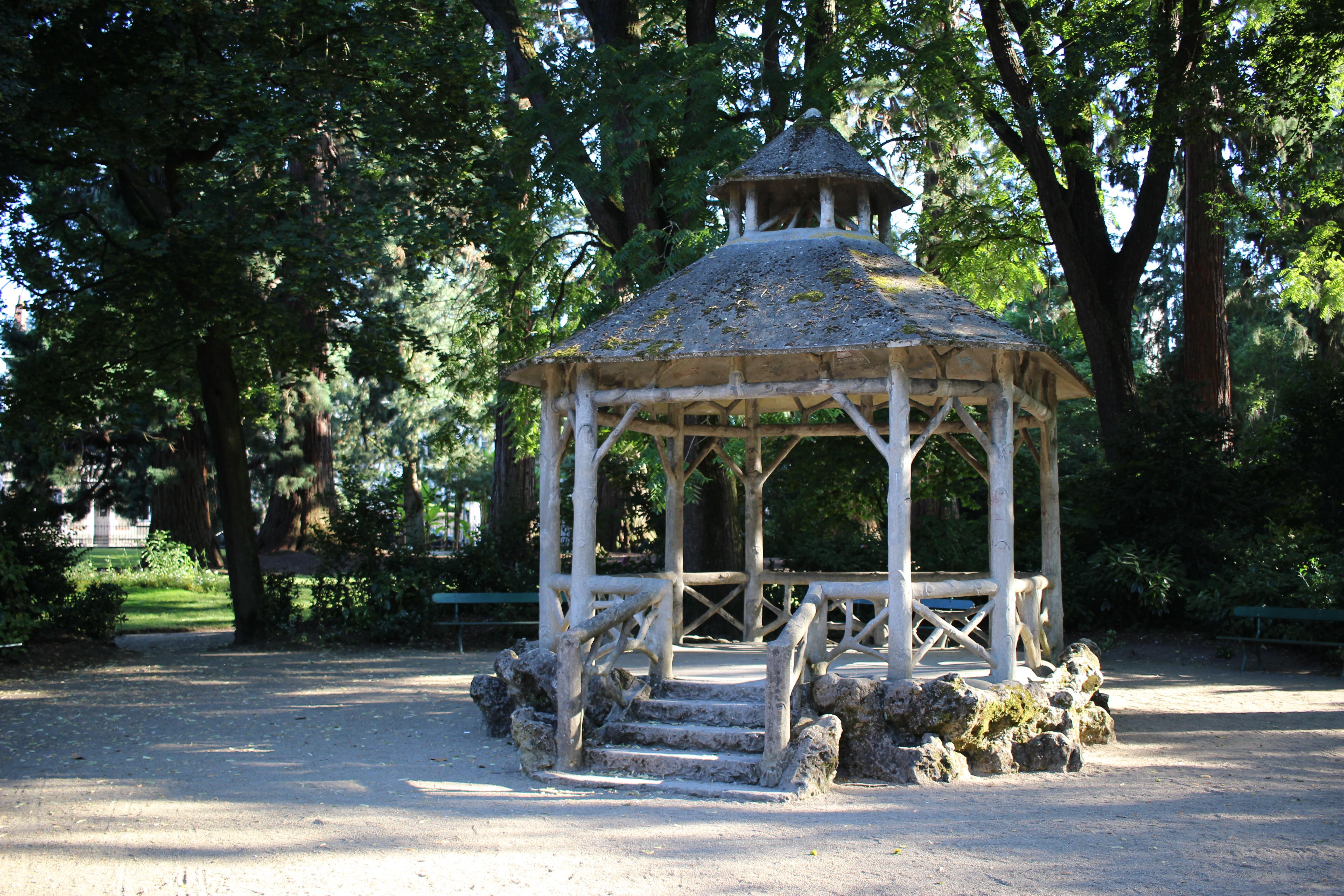 Datei:Jardin des Prébendes - Petit Kiosque.jpg – Wikipedia