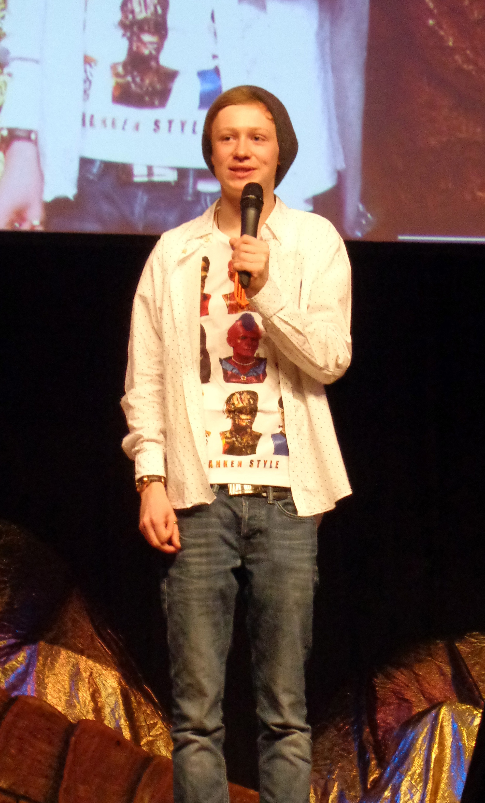 Bell at the ''Hobbitcon III'' convention in [[Bonn]], Germany on 5 April 2015