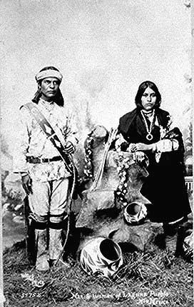 differences between iroquois and pueblo indians The puebloans or pueblo peoples are native americans in the southwestern  united states  puebloans speak languages from four different language  families, and each pueblo is further divided culturally by kinship systems and  agricultural.