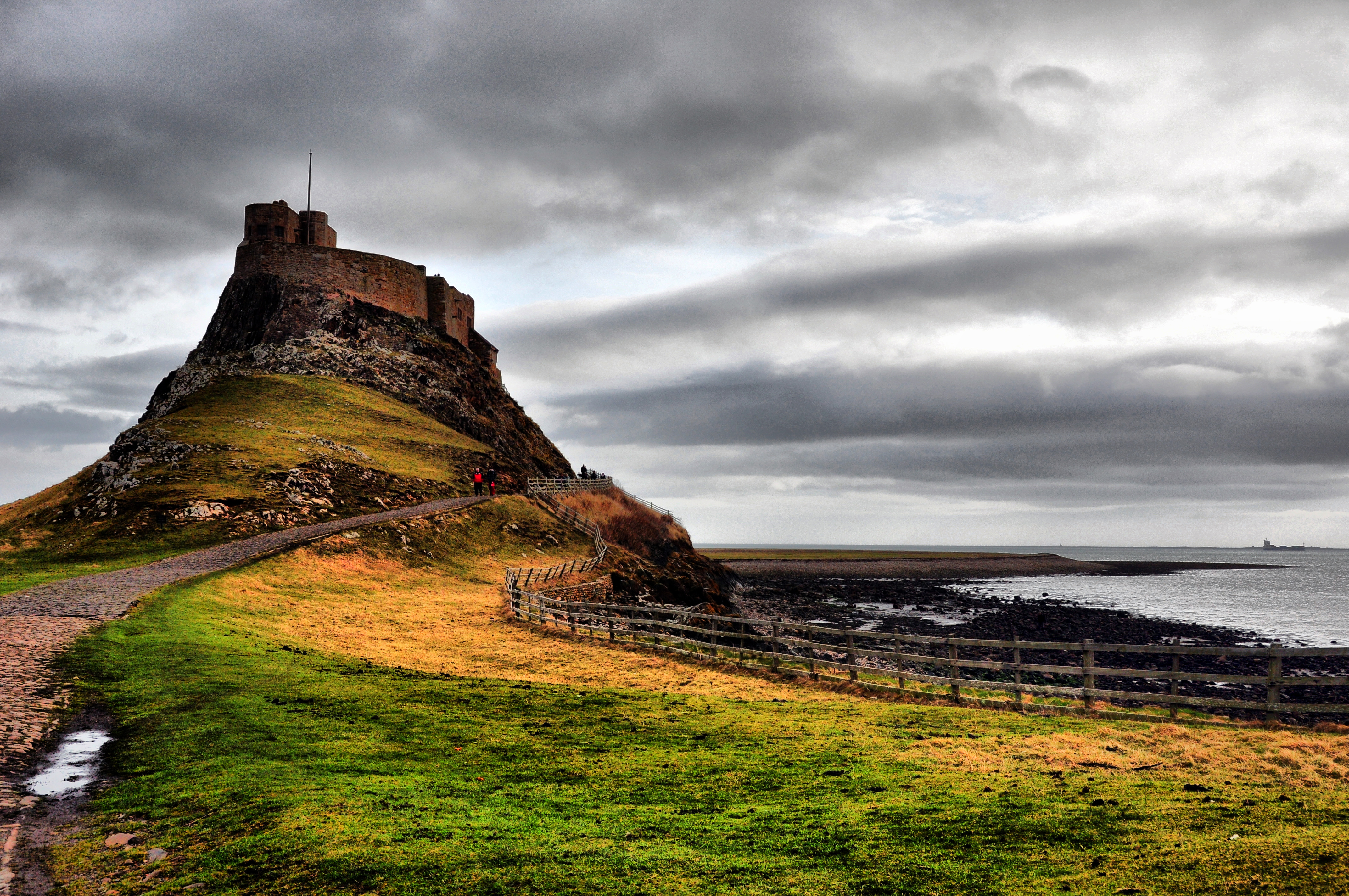 Paranormal Places Uk Lindisfarne Northumberland Castle