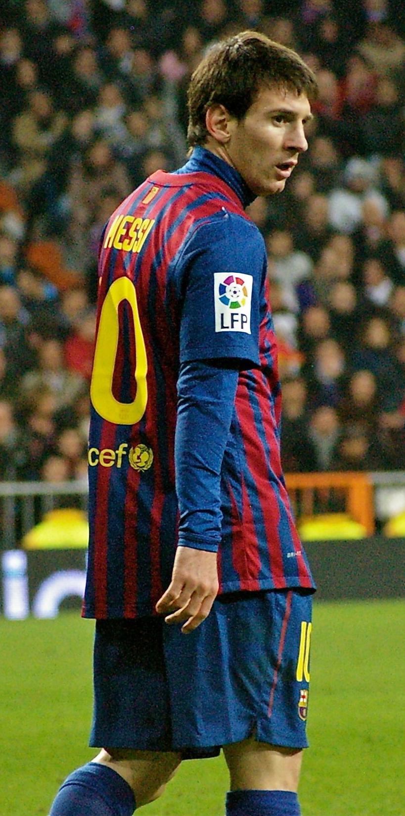 a5648f29adc7c Messi no derby contra o Real Madrid. Nesse jogo