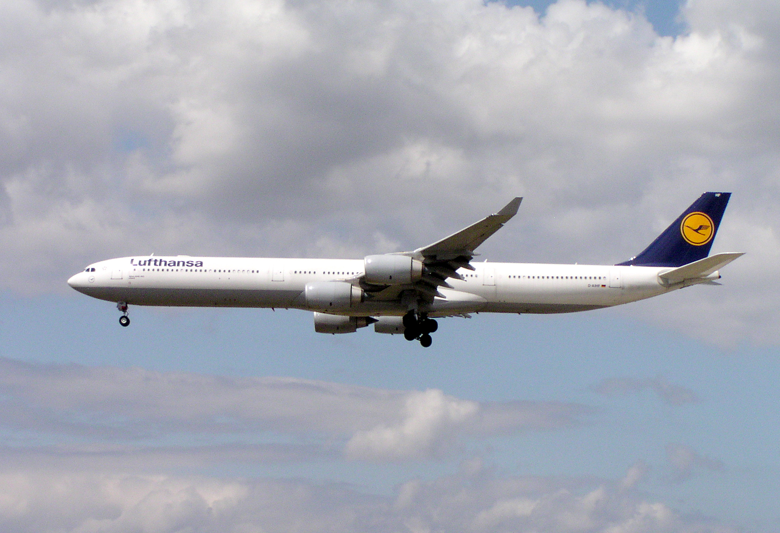 Airlines flying the Airbus A340-600