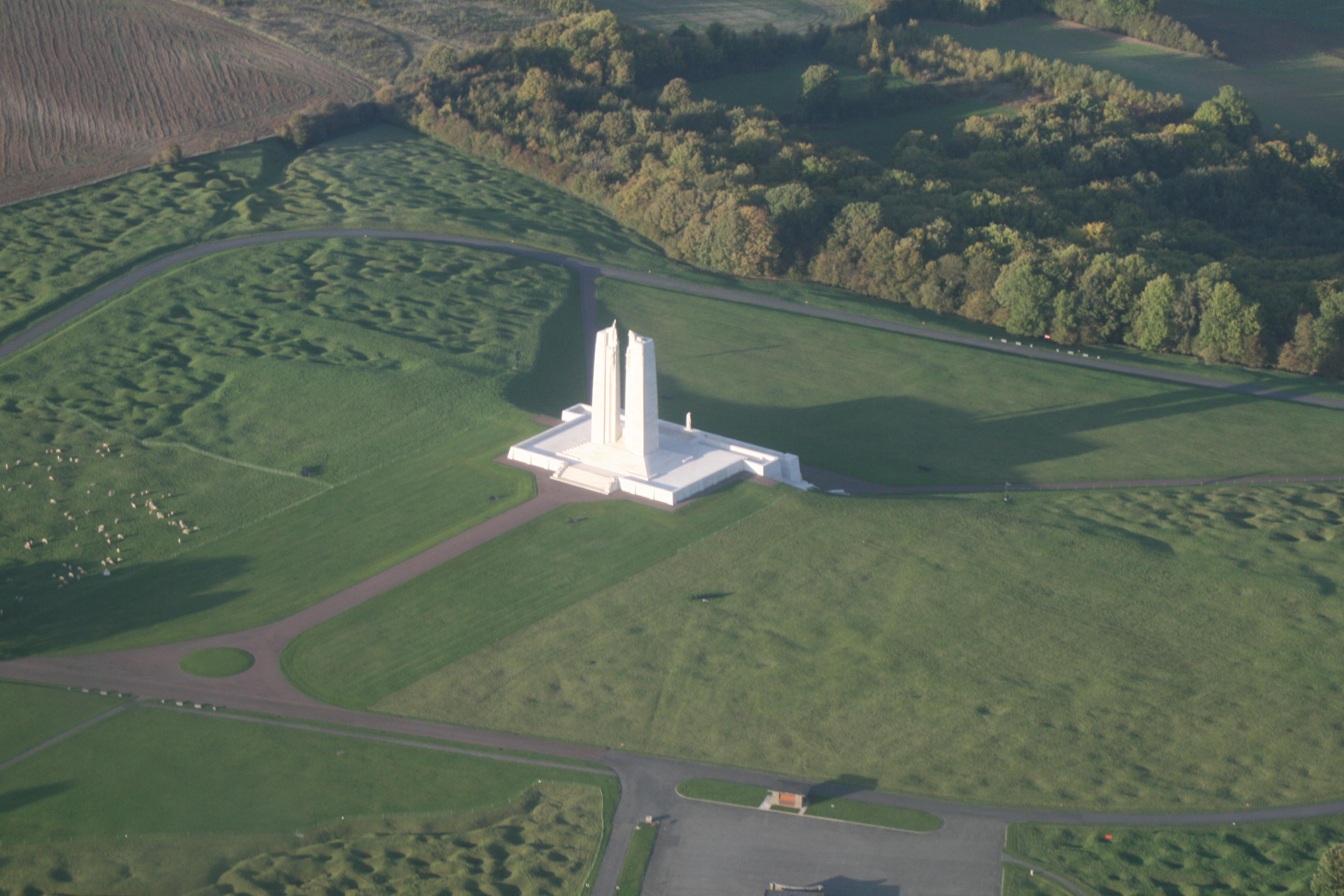 Le monument de Vimy vu du ciel