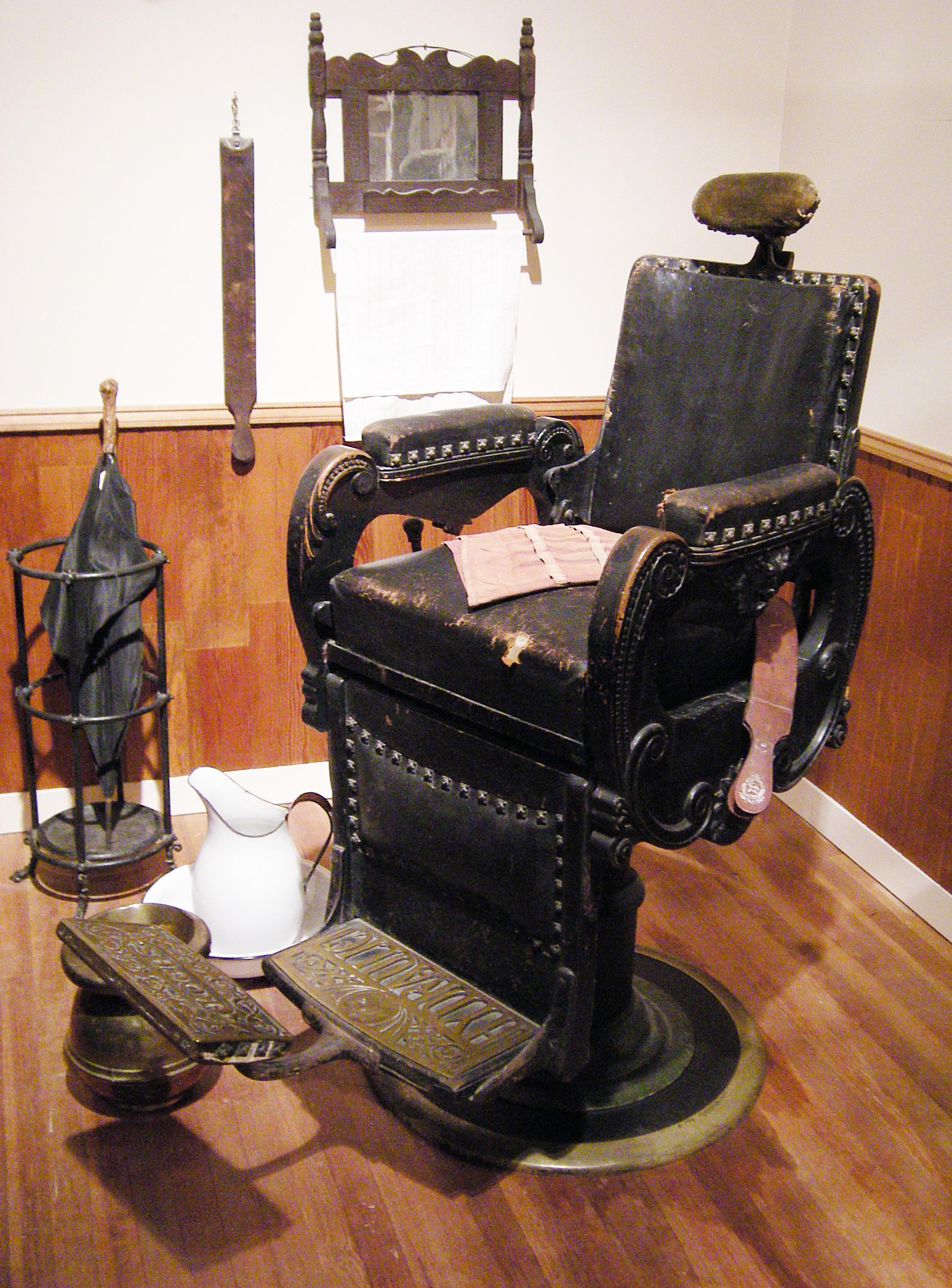 Barber Industry : File:MOHAI - J. N. Hoopers Barber Shop - A.jpg - Wikipedia, the free ...