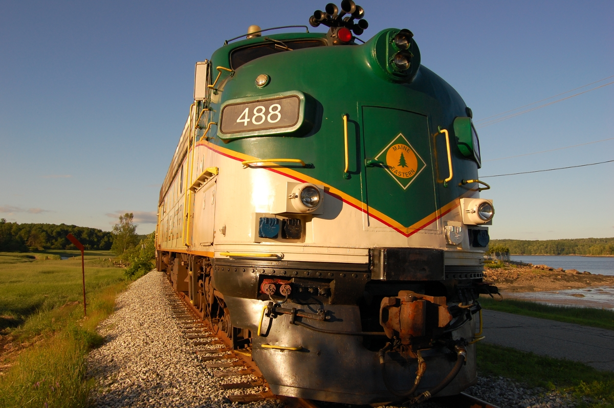Maine Eastern Railroad - Wikipedia.