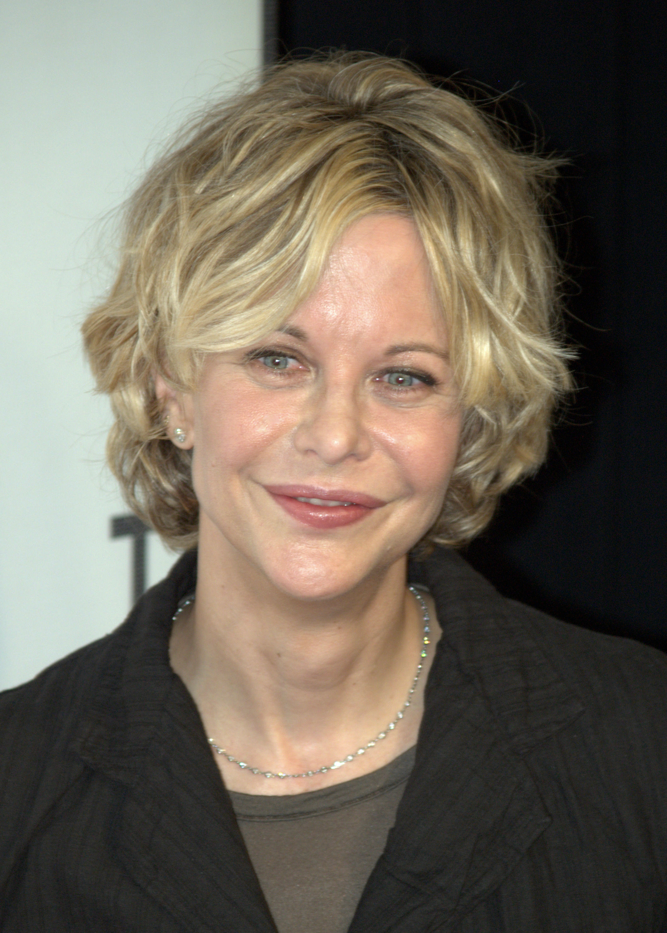 File:Meg Ryan at the 2009 Tribeca Film Festival.jpg ...