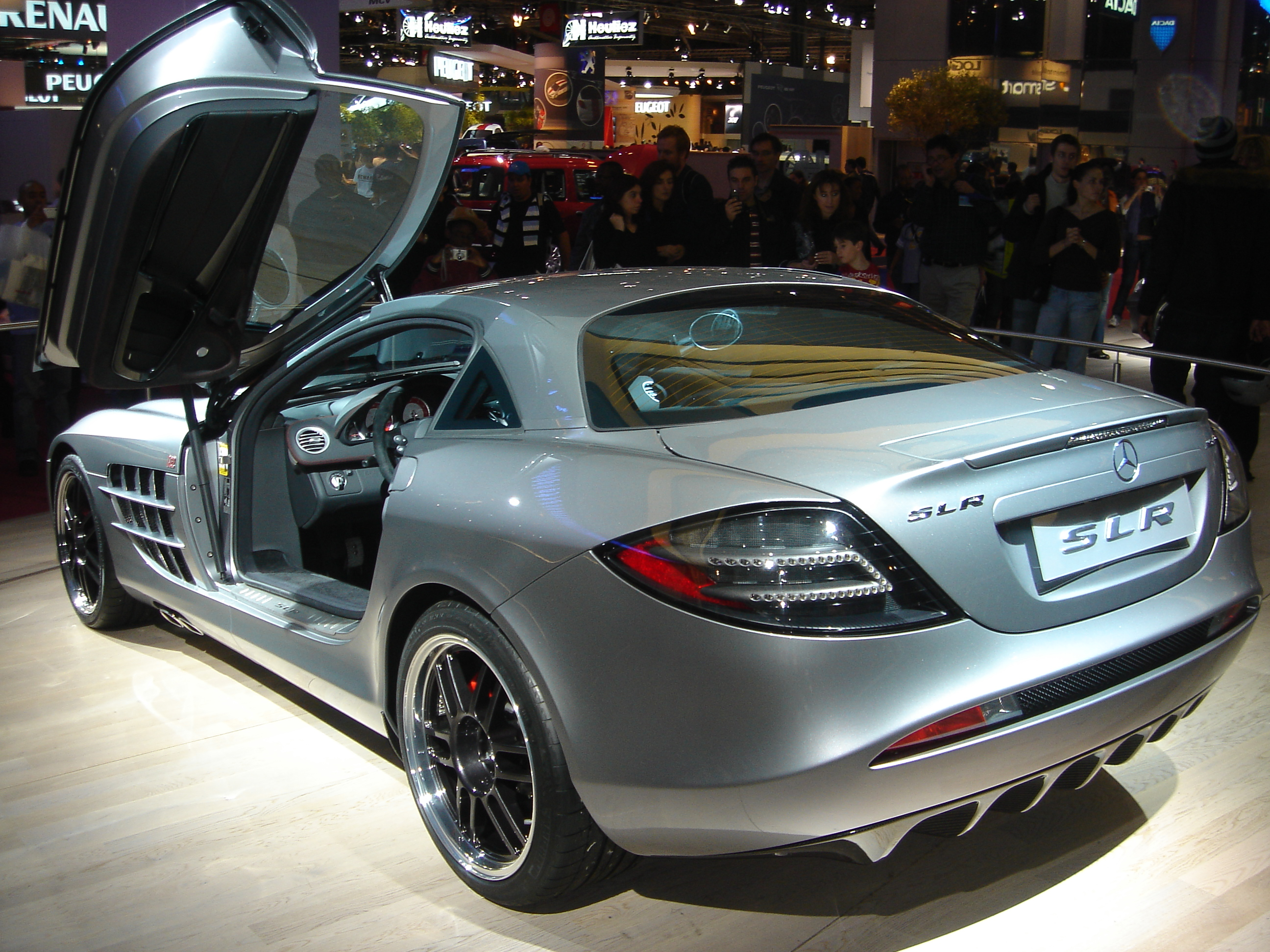 File:Mercedes Benz SLR 722 rear.jpg