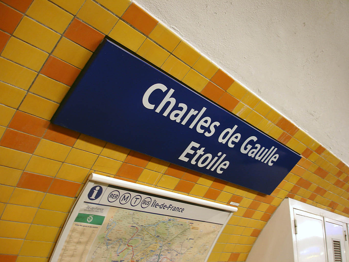 fichier metro de paris ligne 2 charles de gaulle etoile wikip dia. Black Bedroom Furniture Sets. Home Design Ideas