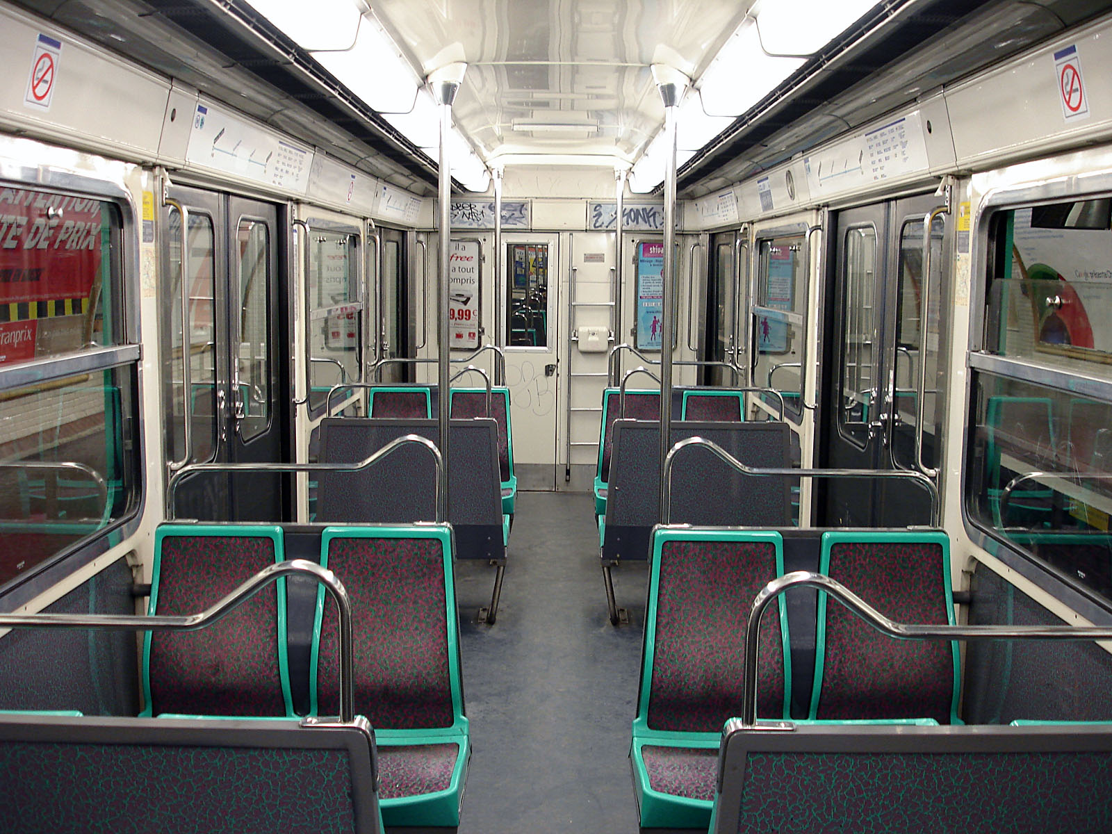 file metro de paris ligne 3 bis interieur mf 67 01