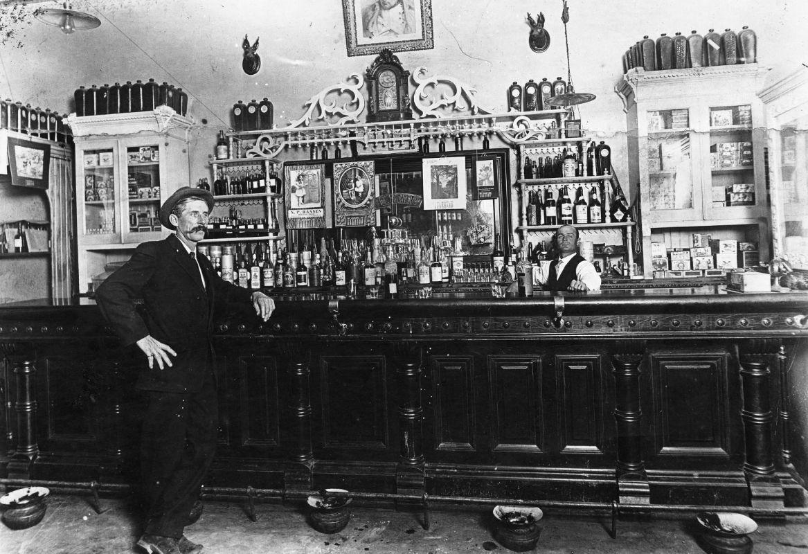 File Napoleon Hart S Saloon 1900 Jpg Wikimedia Commons