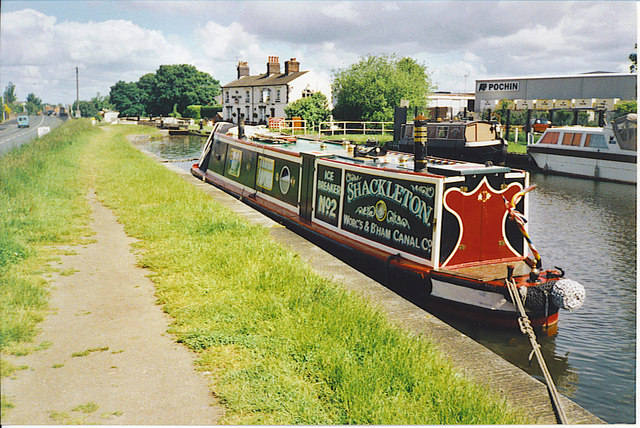 Narrowboat Moored near Middlewich. - geograph.org.uk - 129920