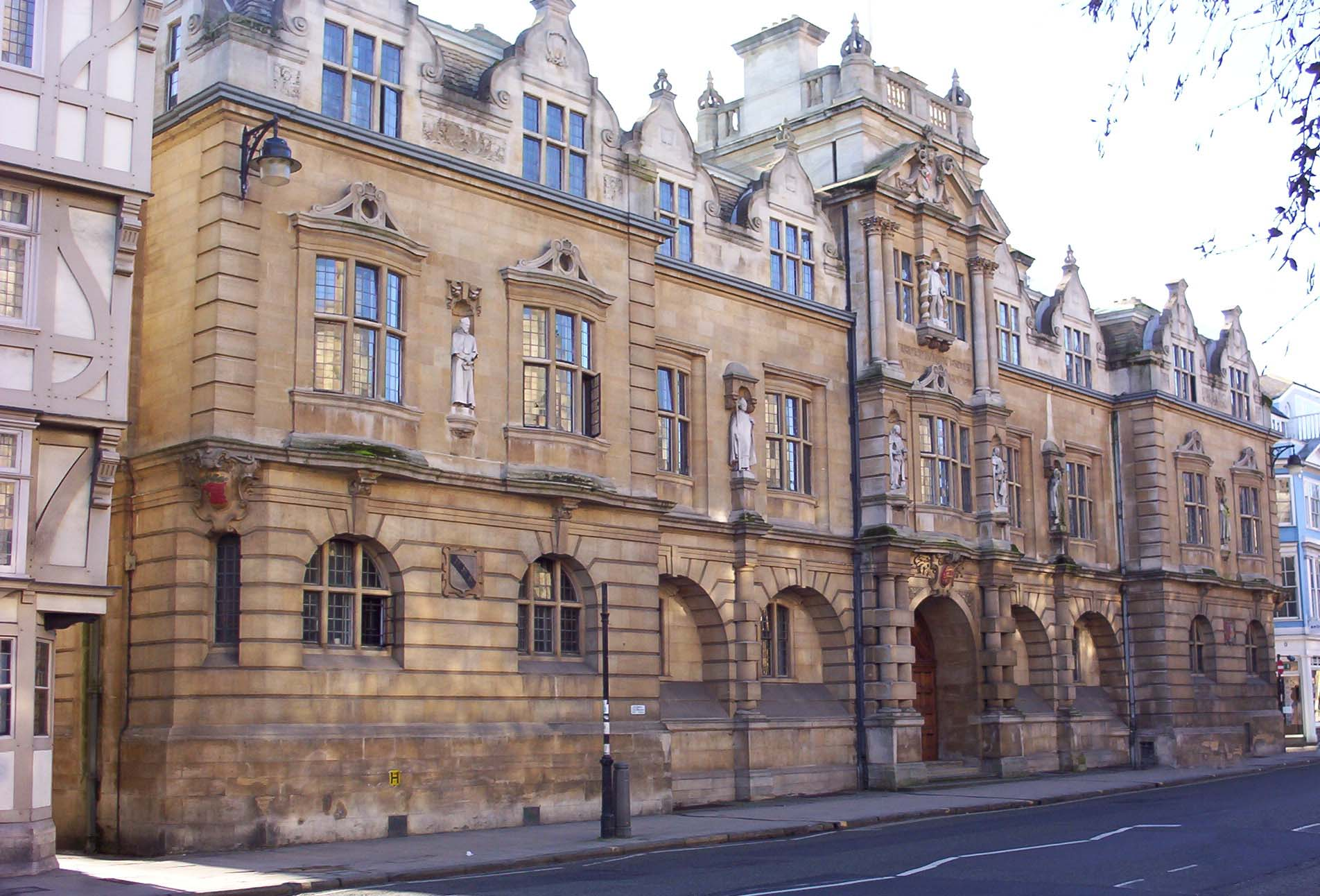 File:Oriel College Rhodes Building.JPG - Wikimedia Commons