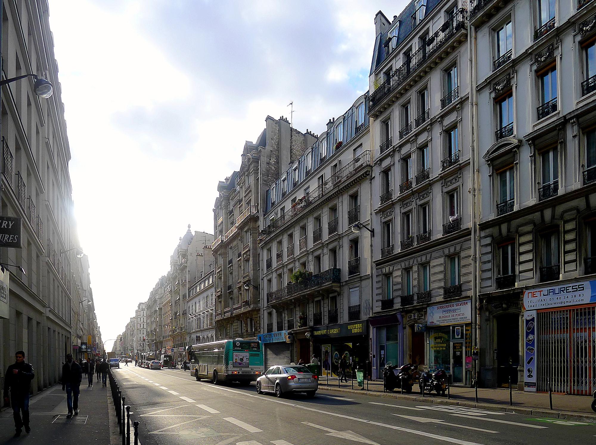 File p1080980 paris x rue lafayette rwk jpg wikimedia - Magasin de meuble marseille boulevard national ...