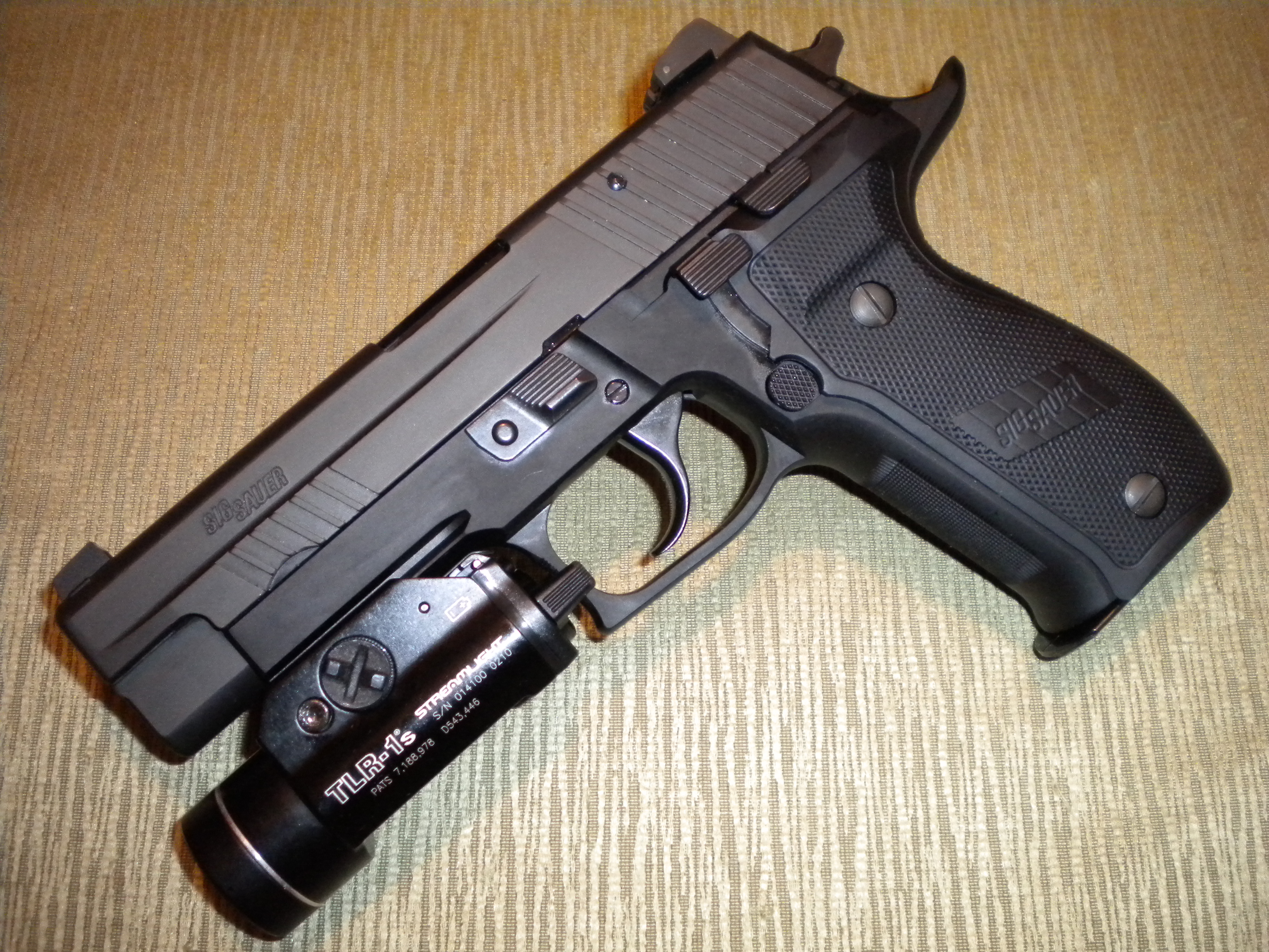 File:P226 Elite Dark.JPG - Wikipedia
