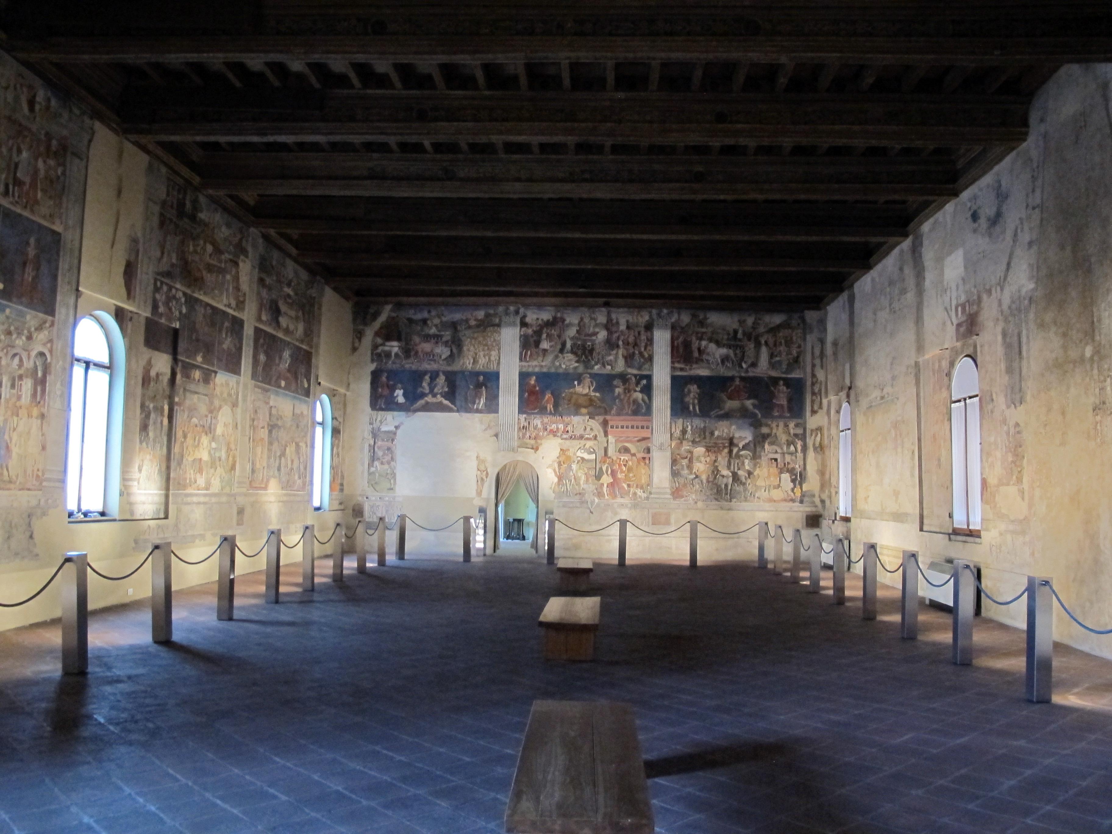 Palazzo schifanoia, salone dei mesi 01.JPG