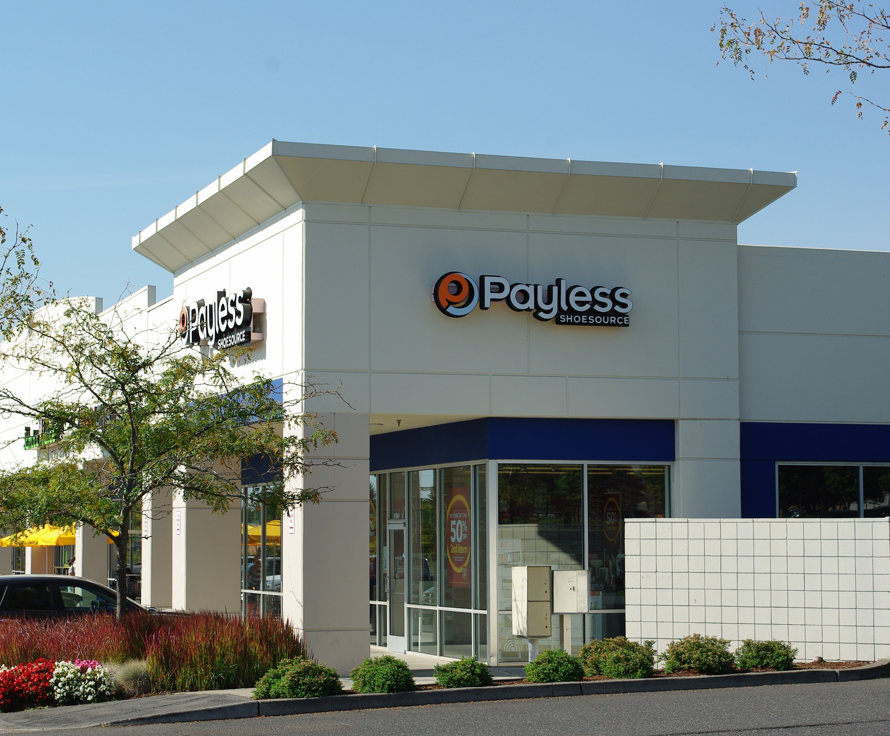 Payless Shoe Store  And Broward Blvd