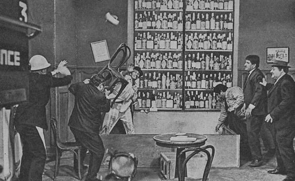 Image result for polemica en el bar