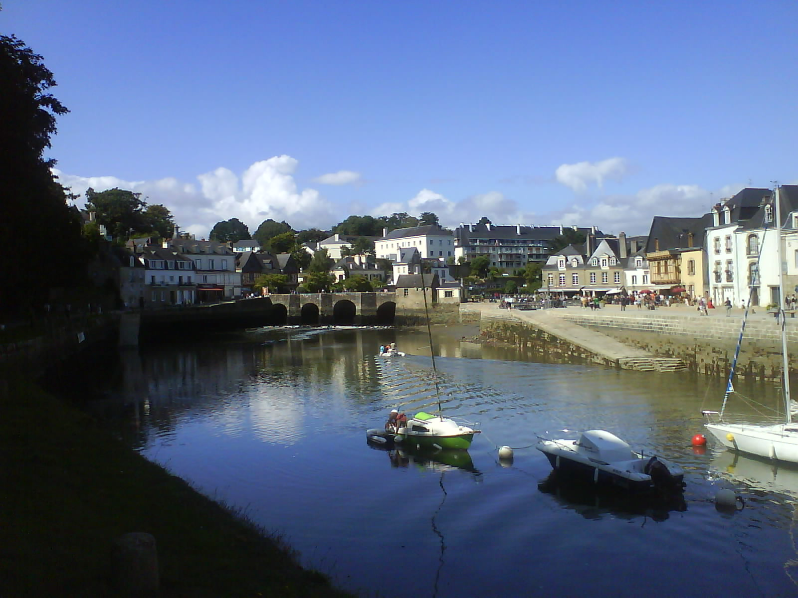 Auray France  City pictures : Port of Auray France Wikimedia Commons