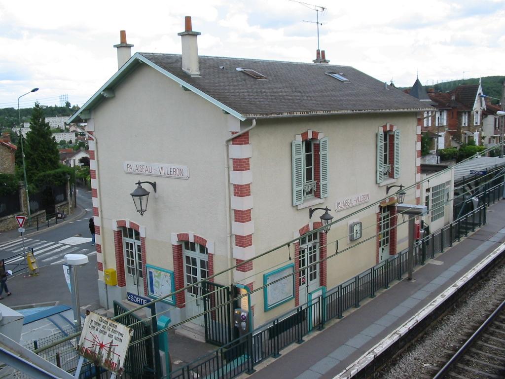 Gare de palaiseau villebon wikip dia for Piscine a palaiseau