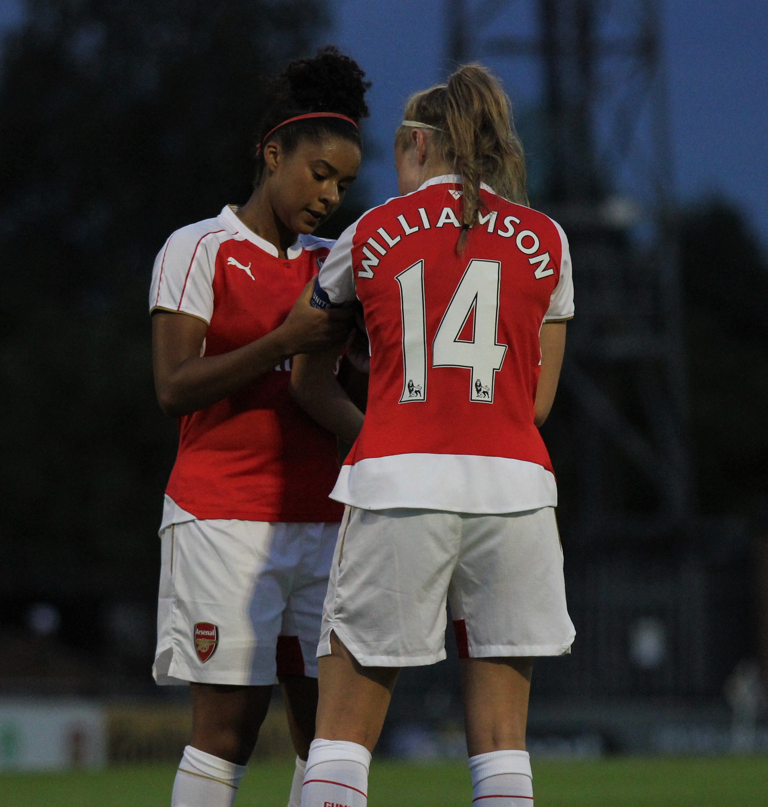 File:Rachel Yankey Leah Williams armband Arsenal Ladies Vs ...