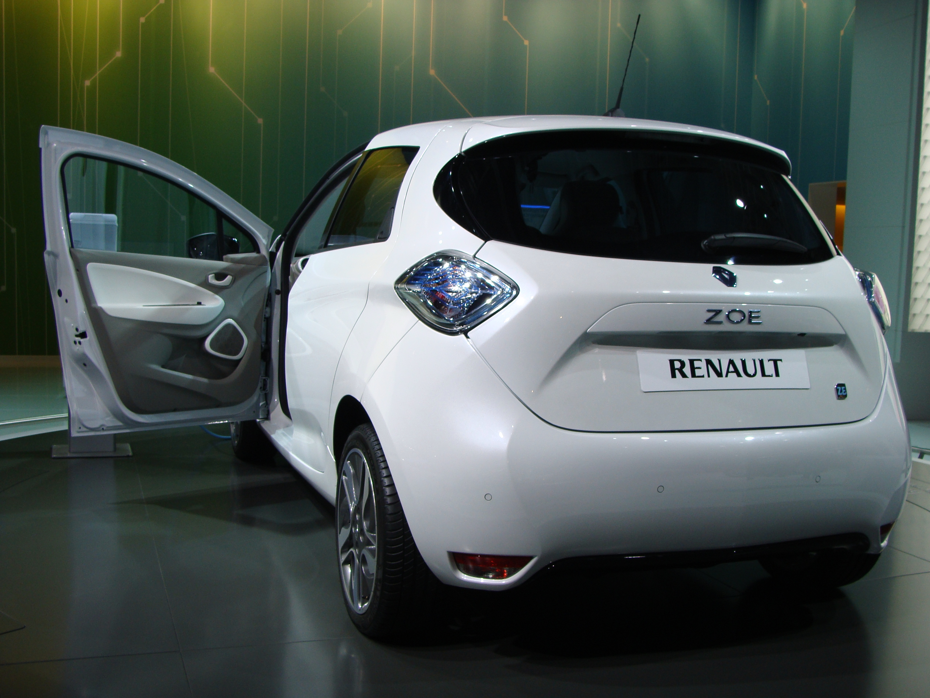 file renault zoe on mias 2012 rear view 1 jpg wikimedia commons. Black Bedroom Furniture Sets. Home Design Ideas