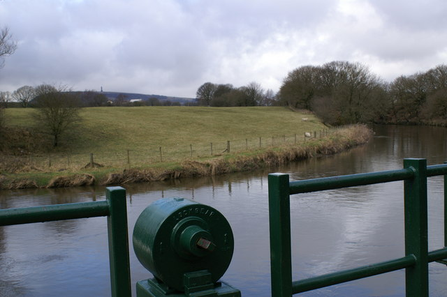 River Irwell, Burrs Country Park - geograph.org.uk - 135133