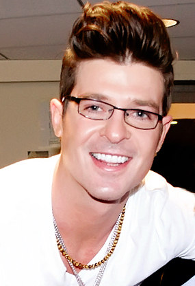 The 42-year old son of father Alan Thicke and mother Gloria Loring Robin Thicke in 2019 photo. Robin Thicke earned a unknown million dollar salary - leaving the net worth at 15 million in 2019