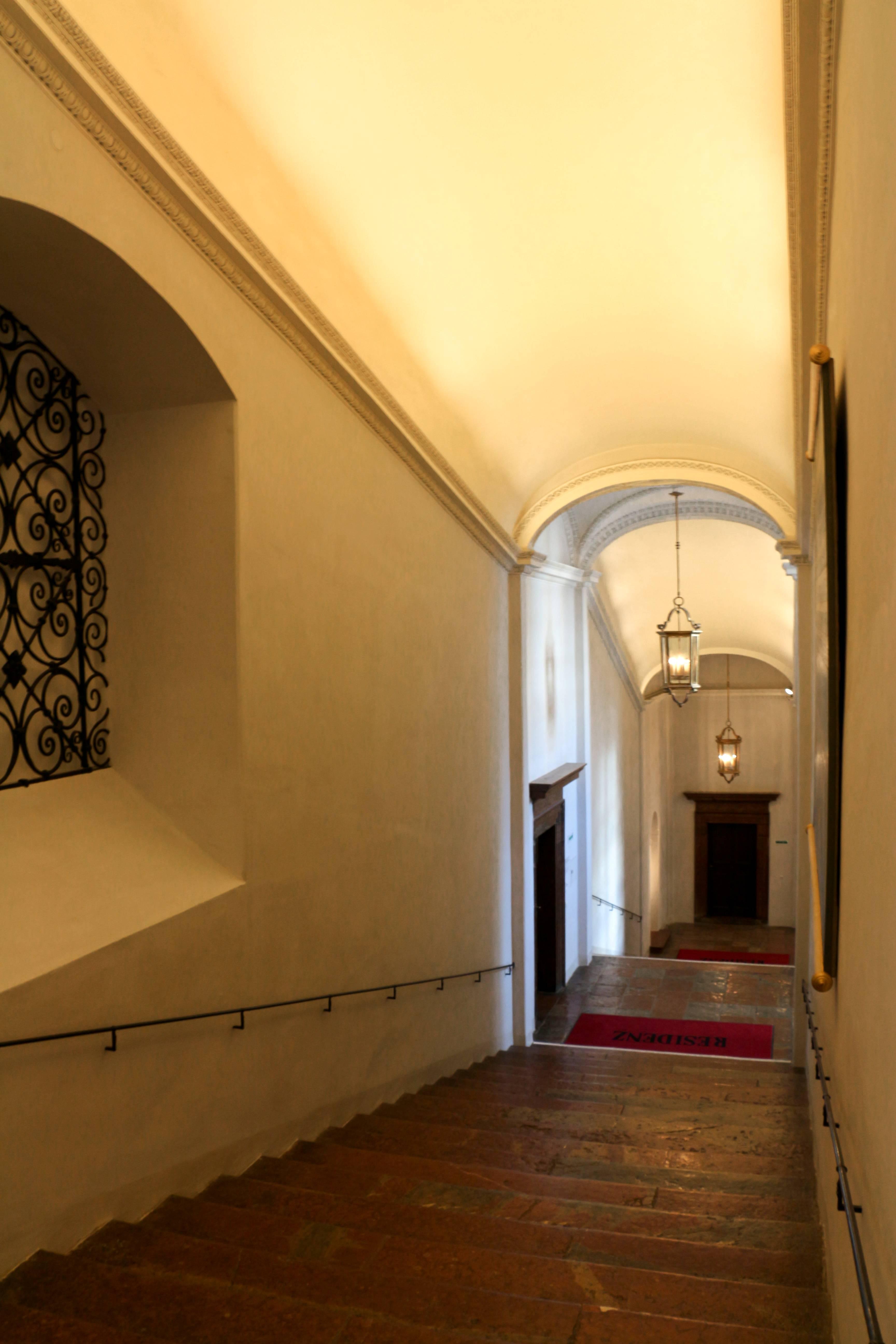 Stiegenaufgang Halle
