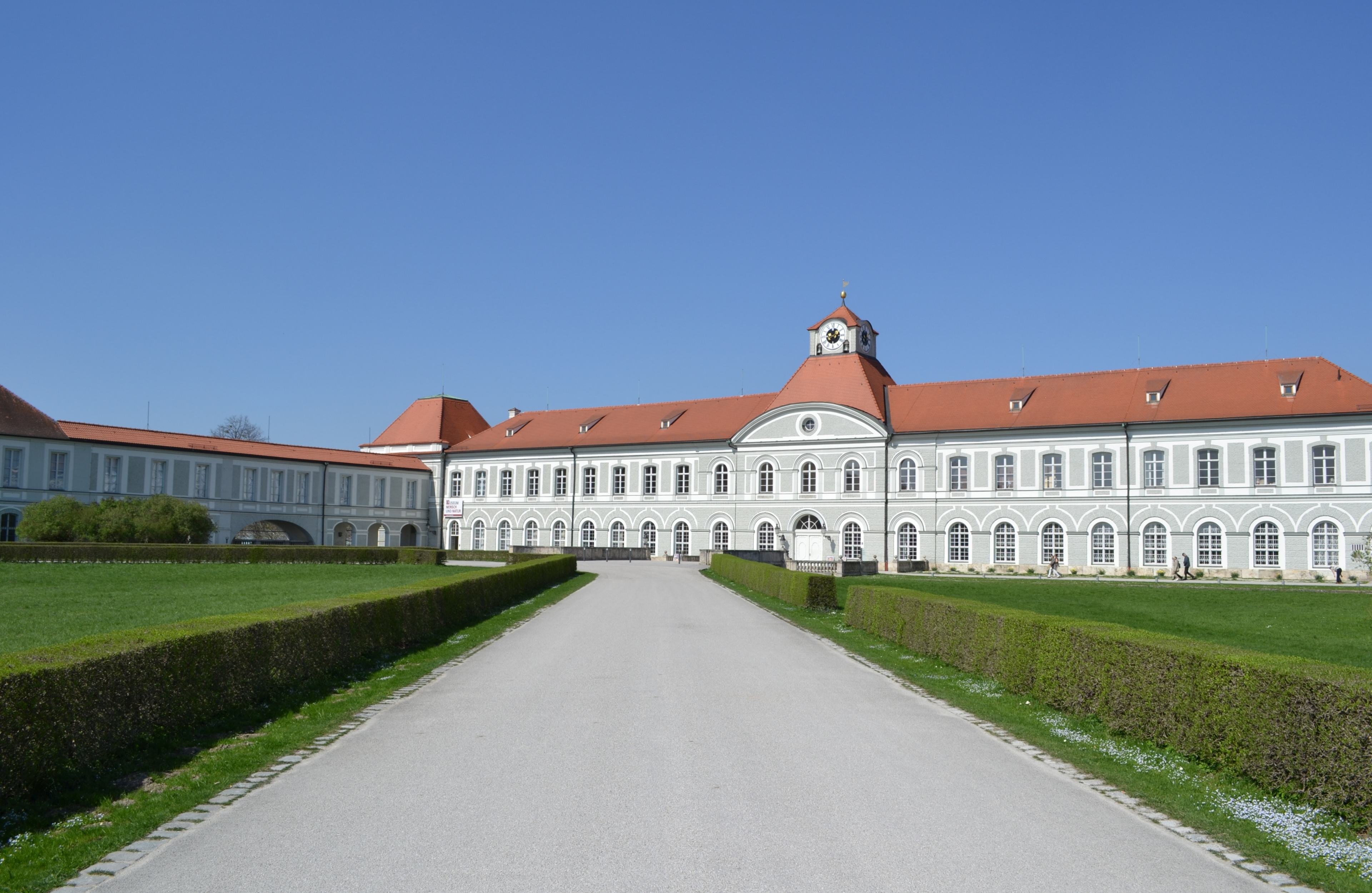 File:Schloss Nymphenburg in München.JPG - Wikimedia Commons
