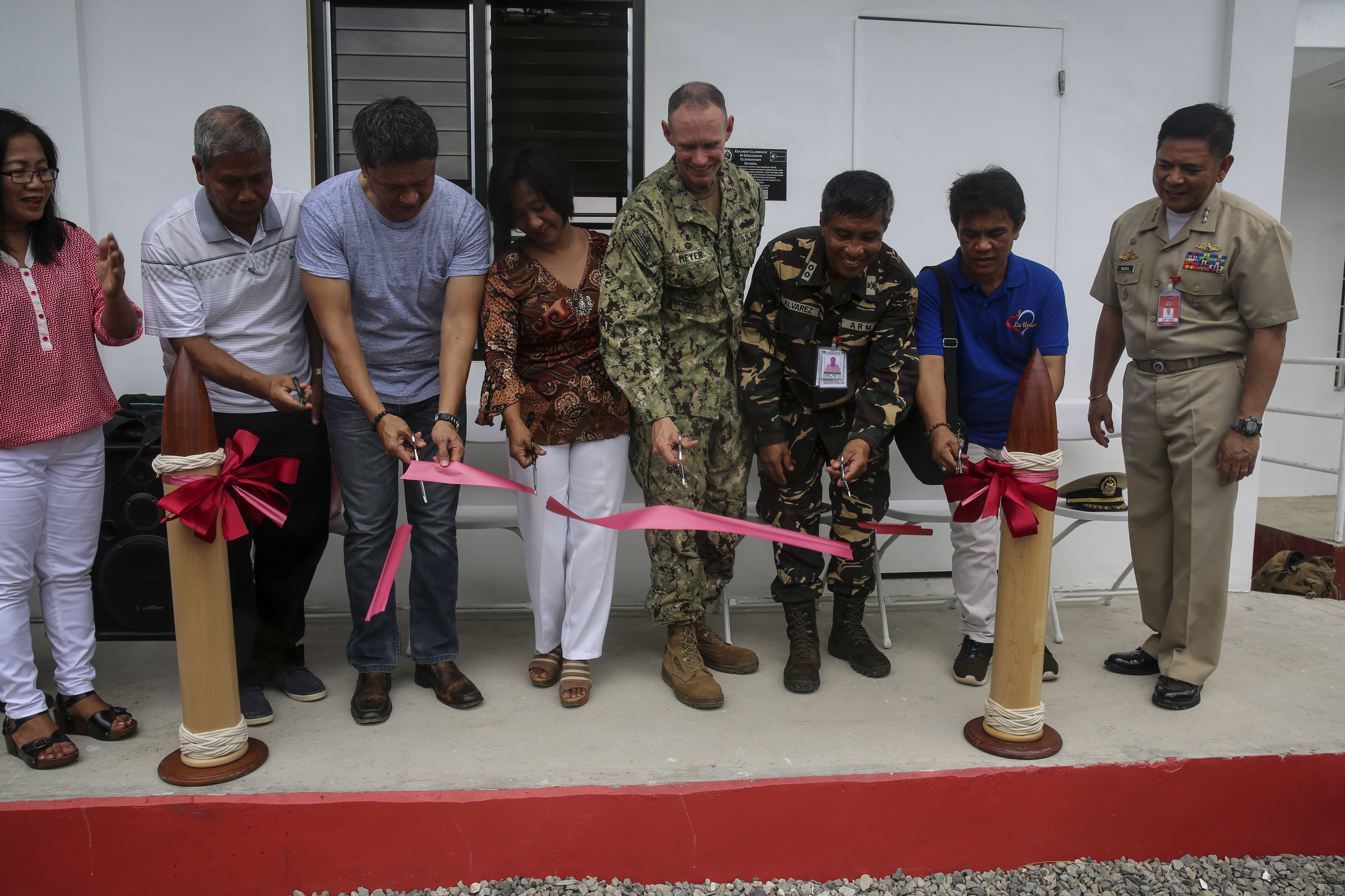 Partnership; seabees; Navy; renovation; #PP15 Date 10 August 2015 Source https://www.dvidshub.net/image/2114366/seabees-finish-renovation-schools-philippines
