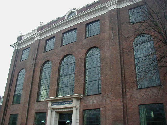 Ficheiro:SinagogaPortuguesaAmsterdao.JPG