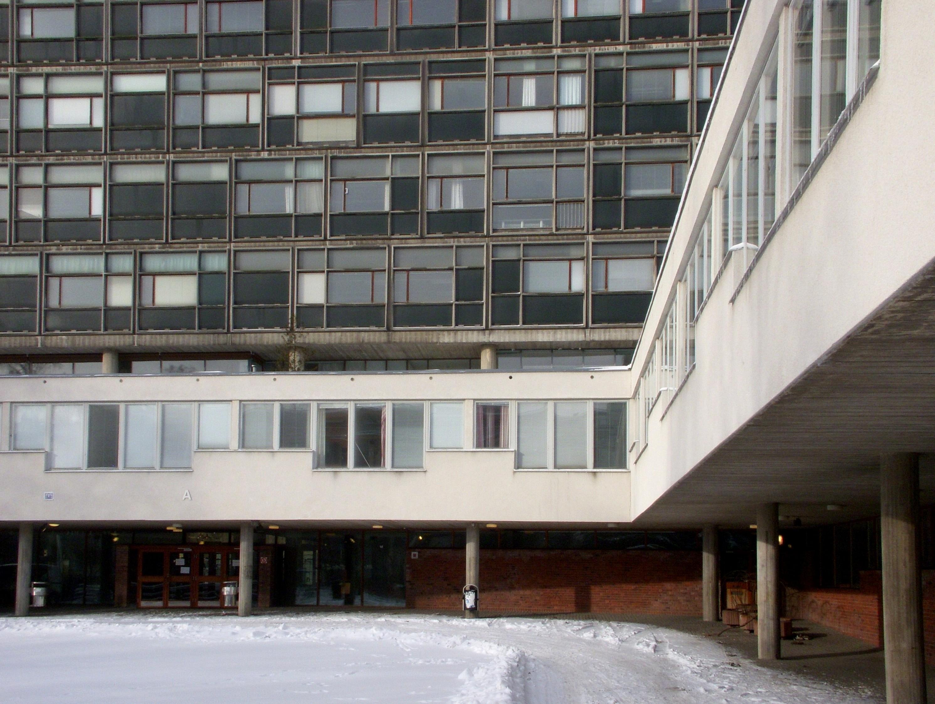 Claudia Elias, Sankt Gransgatan 112, Stockholm | omr-scanner.net