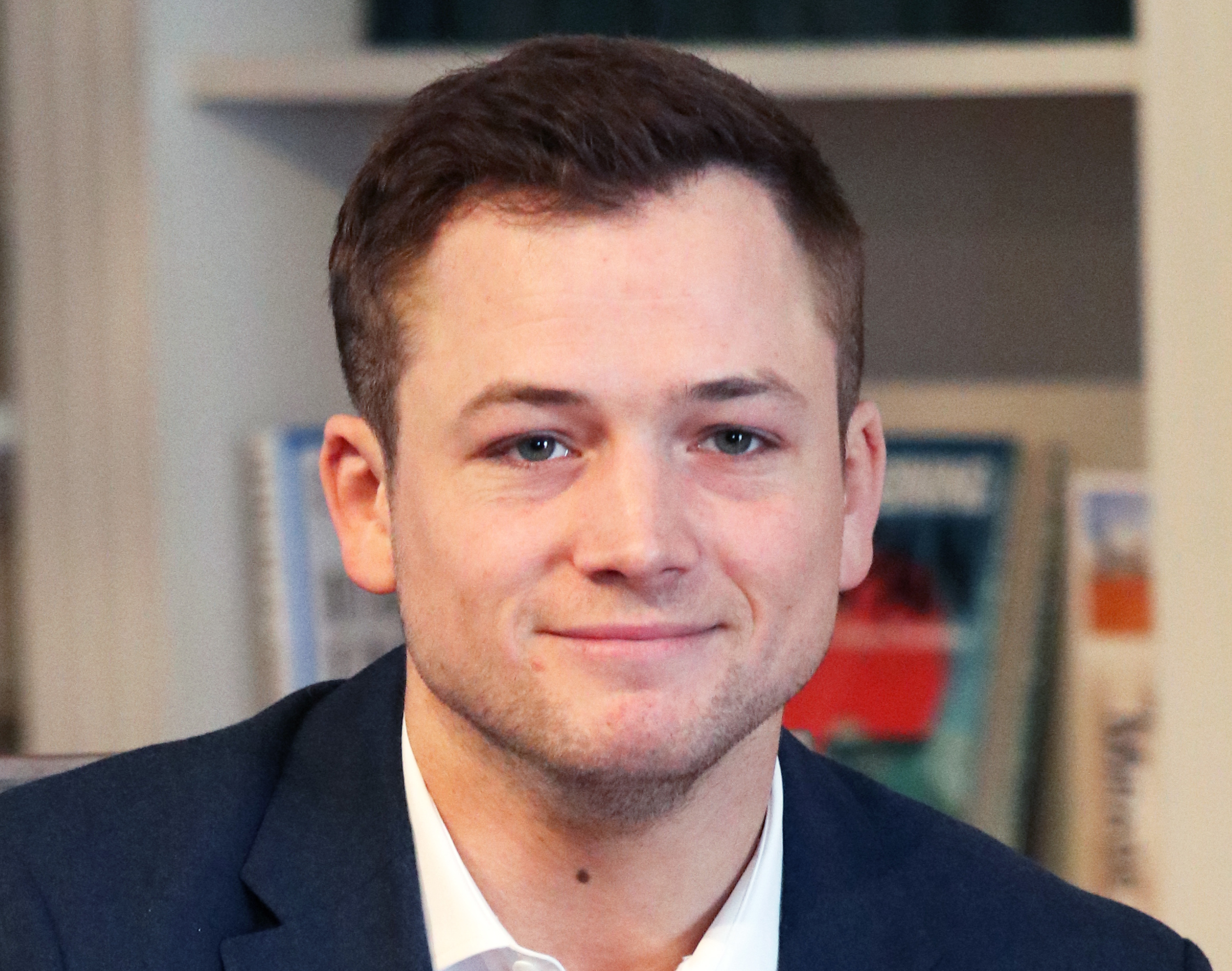 File:Taron-egerton-gesf-2018-5667 (cropped).jpg - Wikimedia Commons