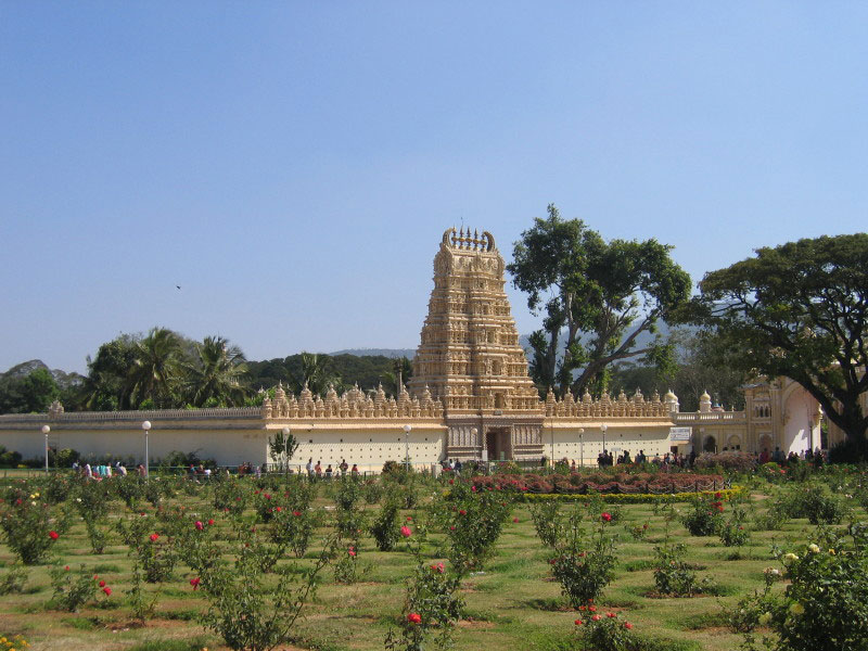 File:Temple-at-mysore-palace.jpg