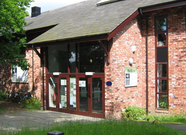 The Barn, visitor centre, Berkeley Drive - geograph.org.uk - 1385112