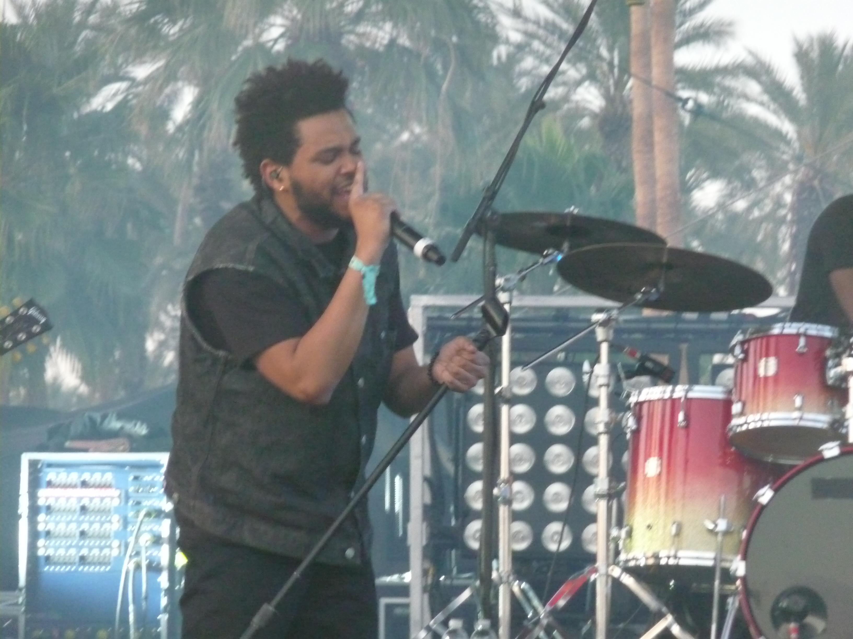 File:The Weeknd at 2012 Coachella side shot.jpg ...