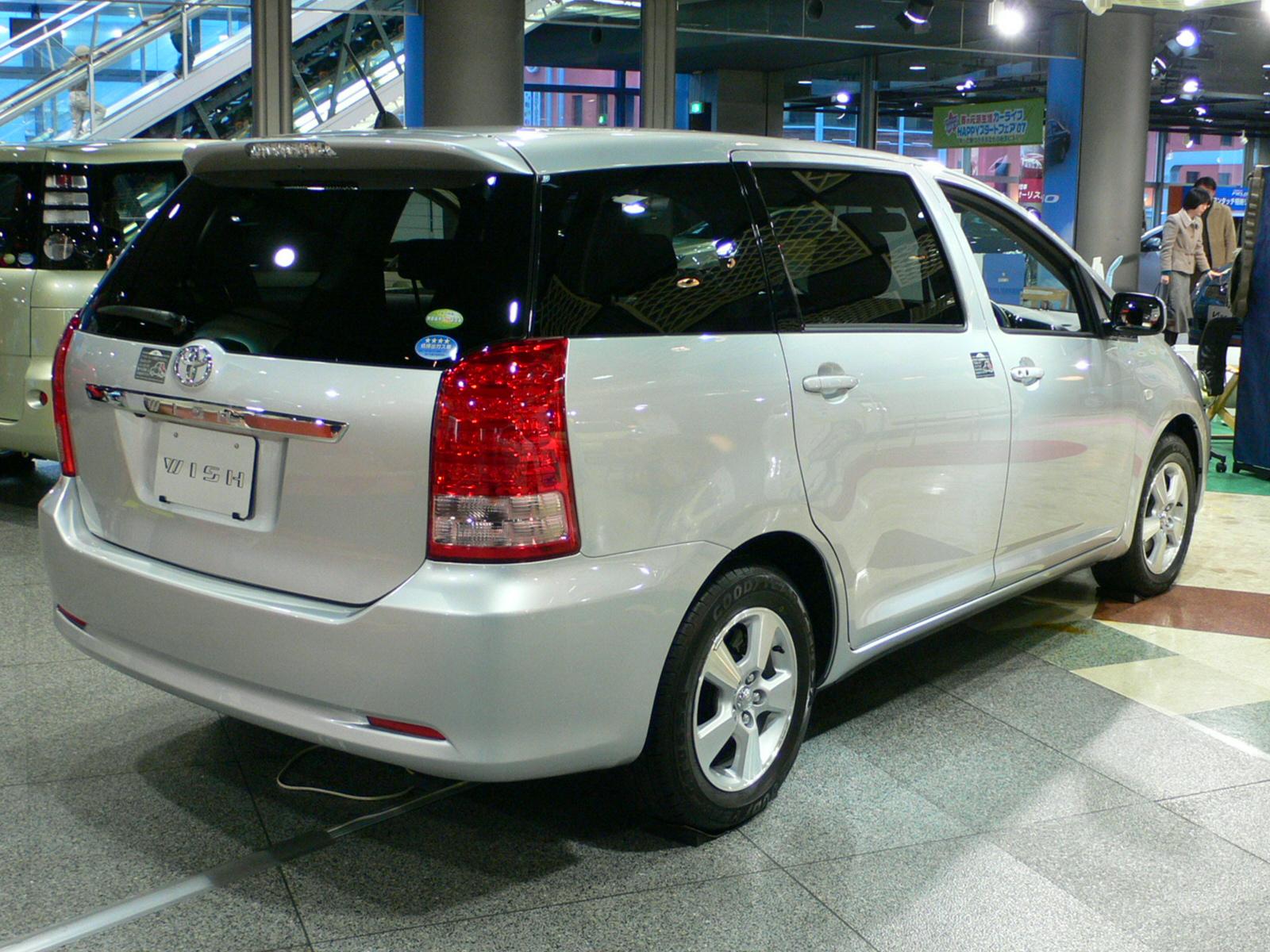 Toyota Wish (J)