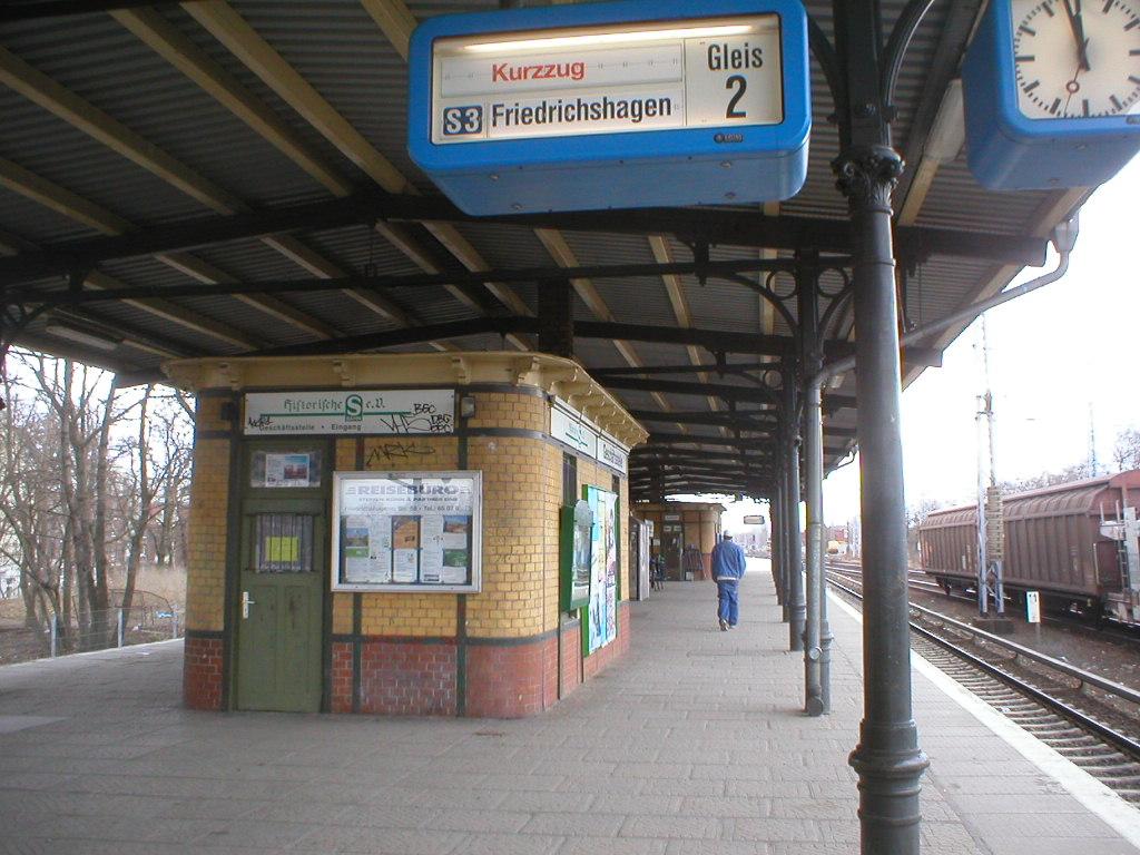 Datei Train Station Berlin Koepenick Wikipedia