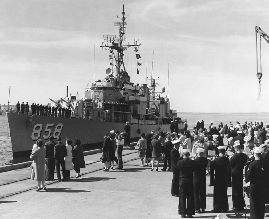 File:USS Fred T  Berry (DD-858) arriving at Newport RI in