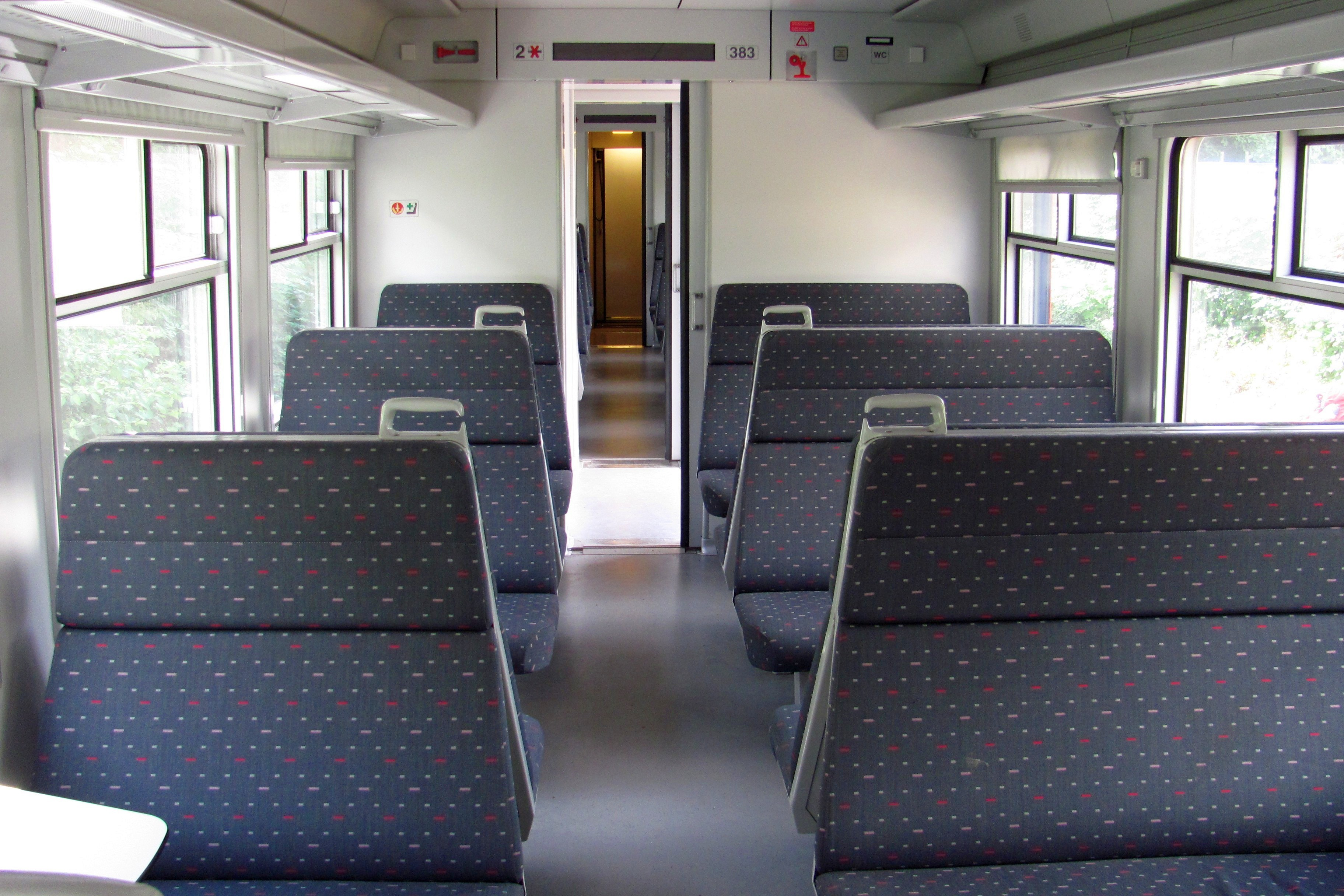File 12 06 075 nmbs ms80 wikimedia commons - Makers van het interieur ...