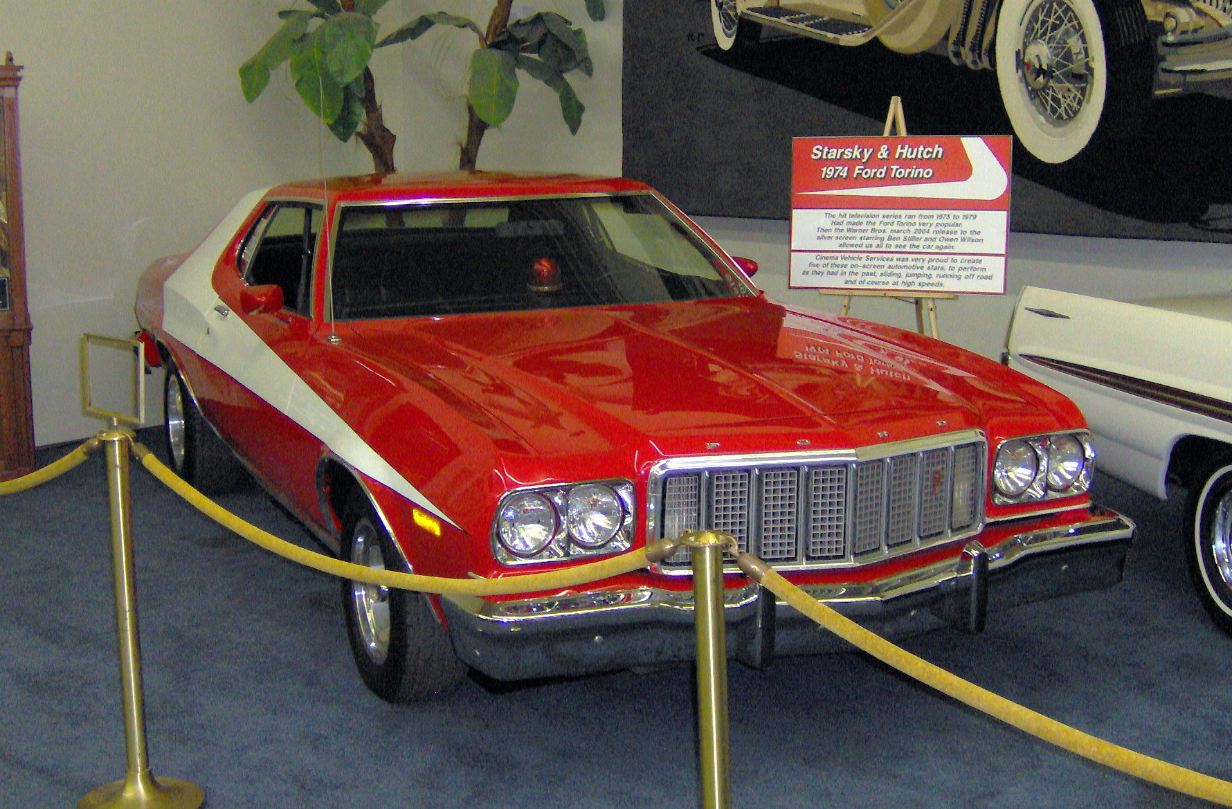 file 1974 ford torino from starsky hutch jpg wikimedia commons. Black Bedroom Furniture Sets. Home Design Ideas