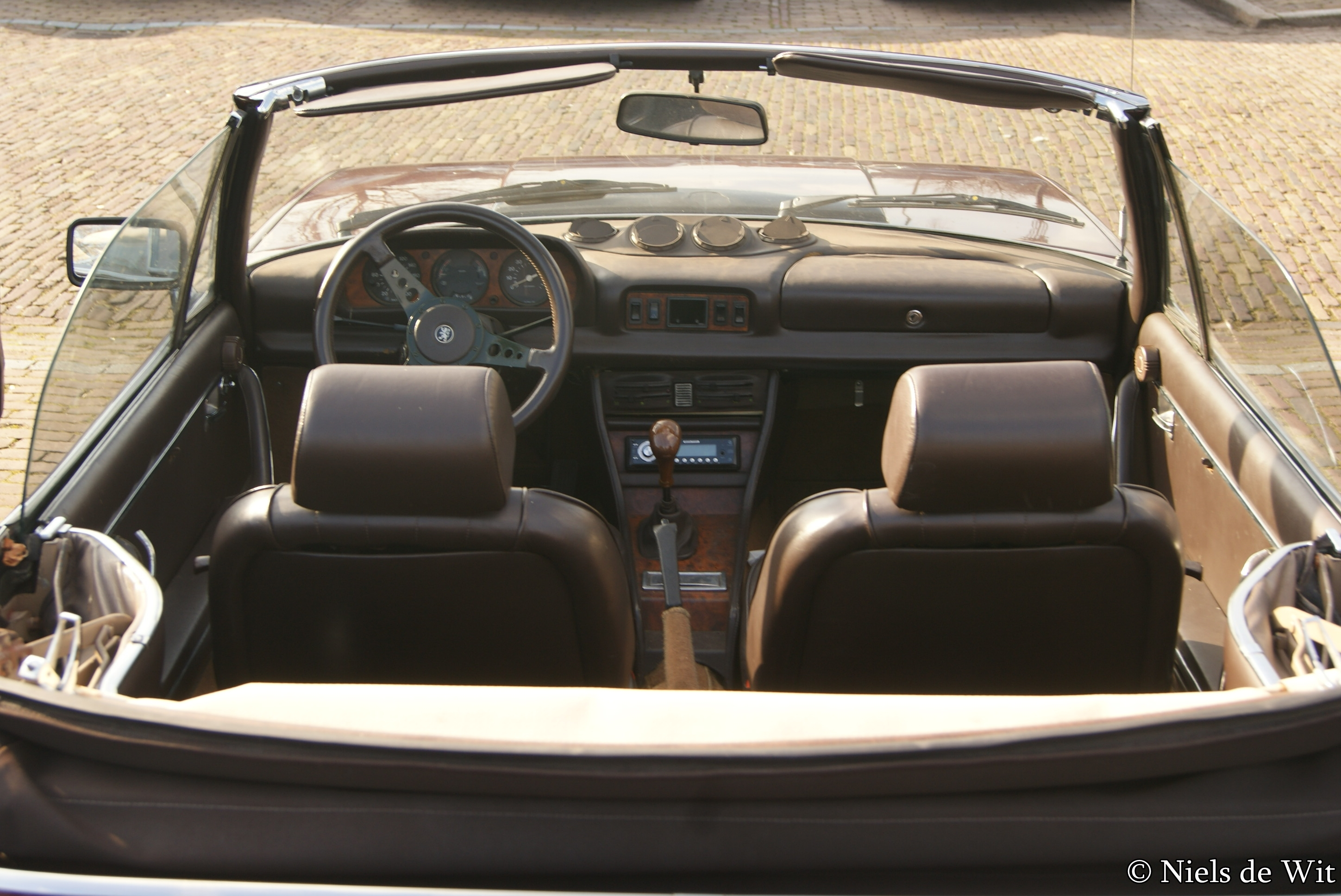 File 1981 Peugeot 504 Cabriolet Interior 12957324024 Jpg Wikimedia Commons