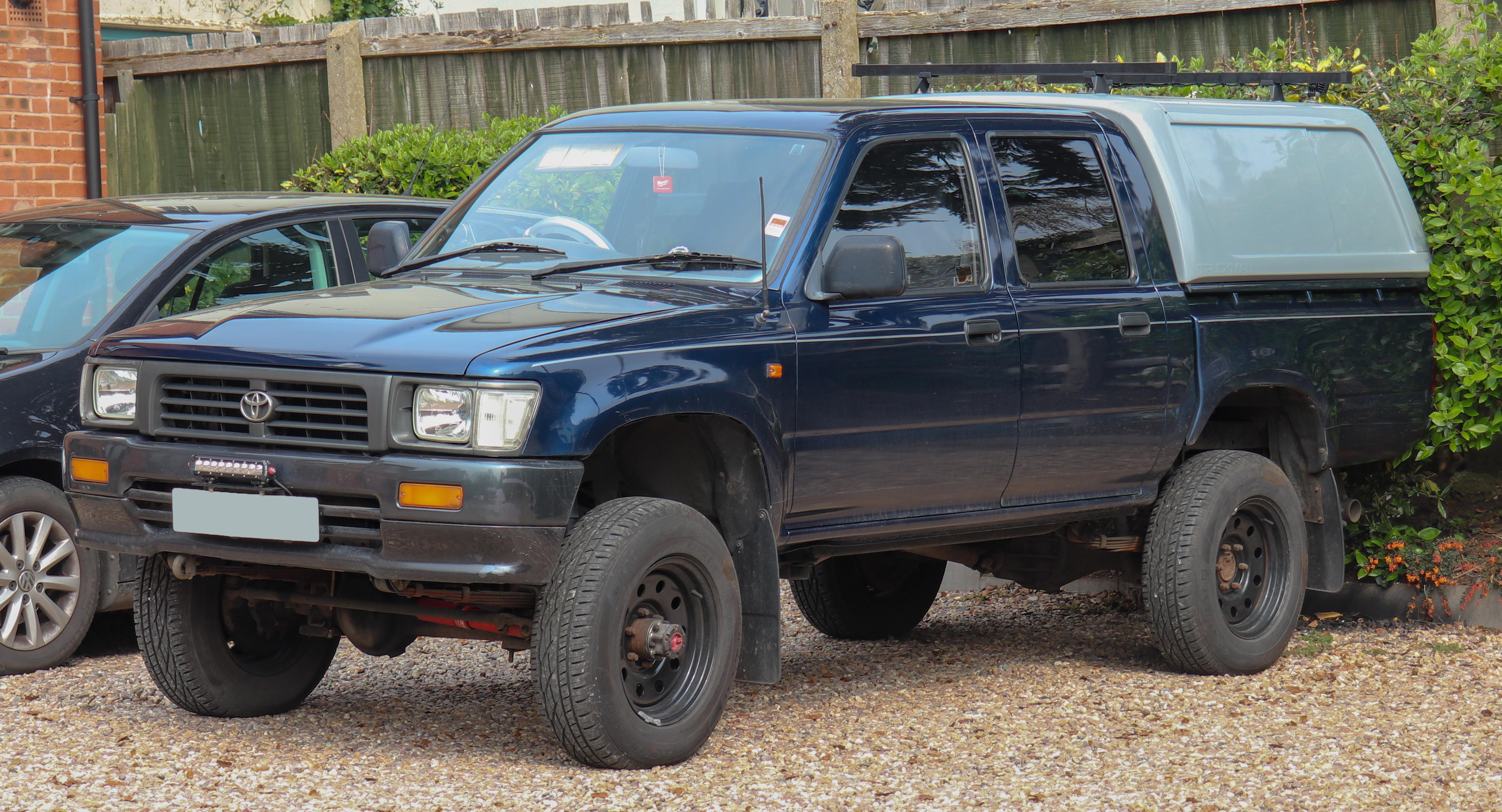 Kekurangan Toyota Hilux 1997 Review