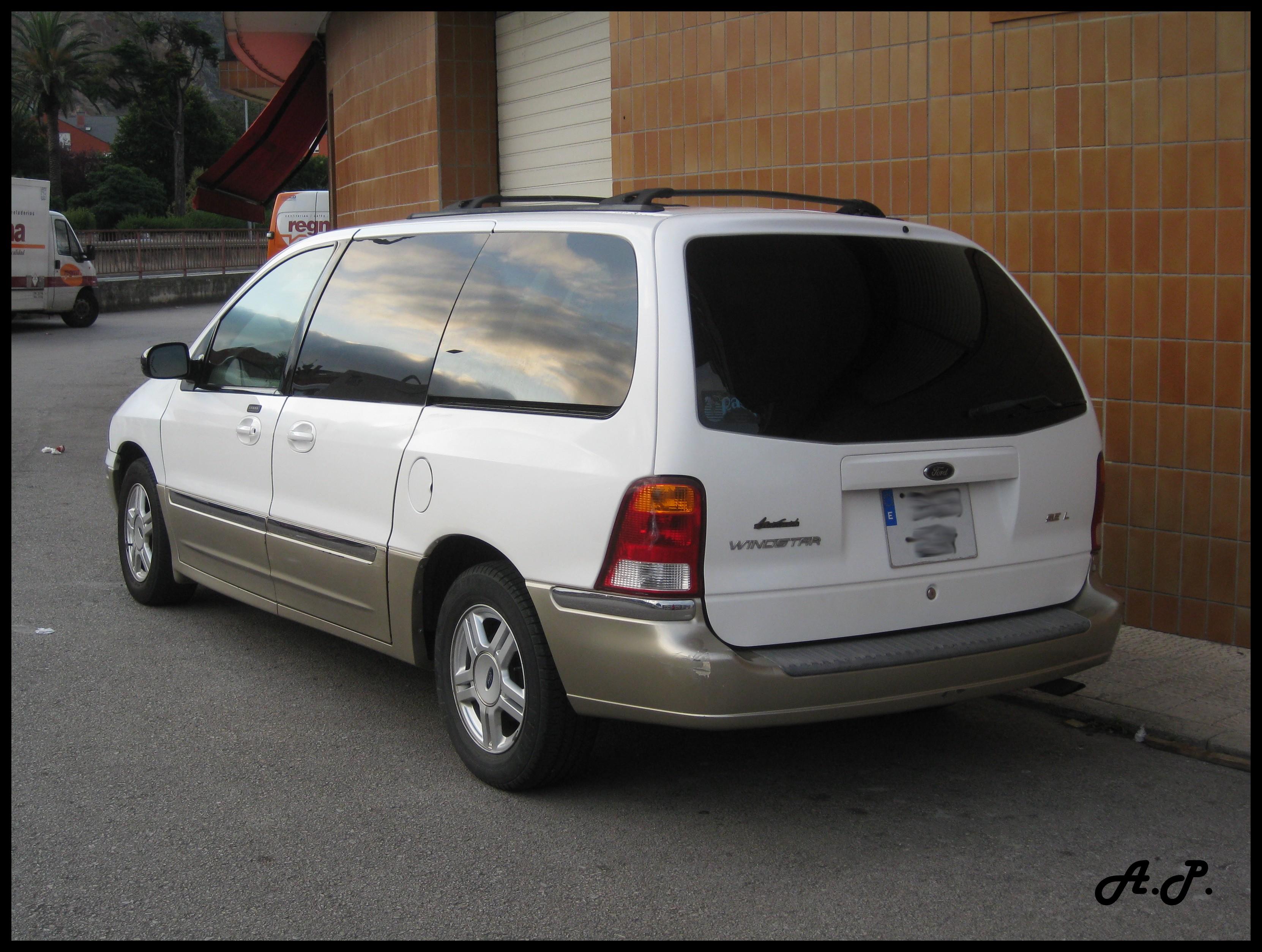 File2003 ford windstar se l 3749804870 jpg