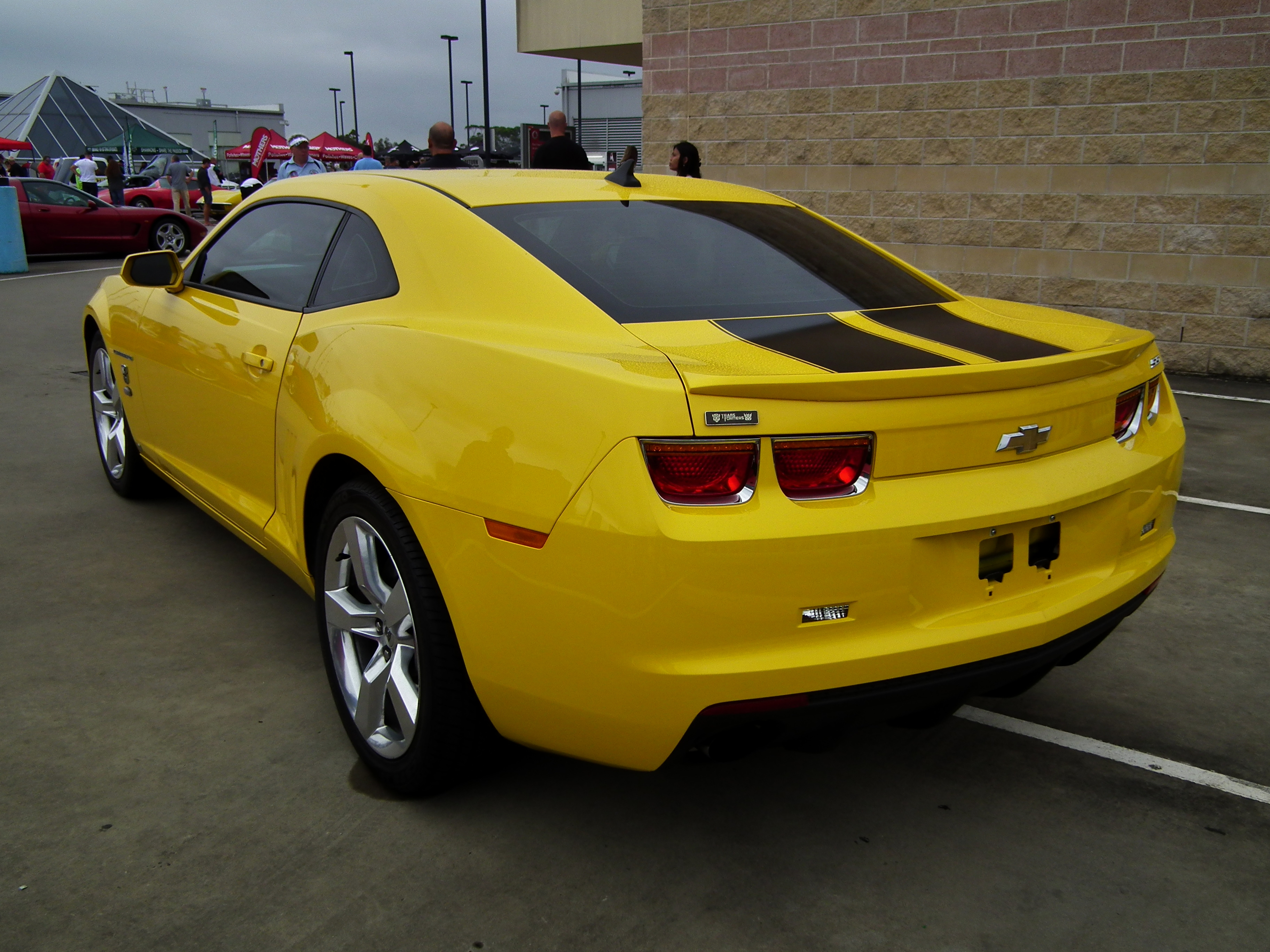 Elegant File:2010 Chevrolet Camaro SS Transformers Edition Coupe (8453103296)