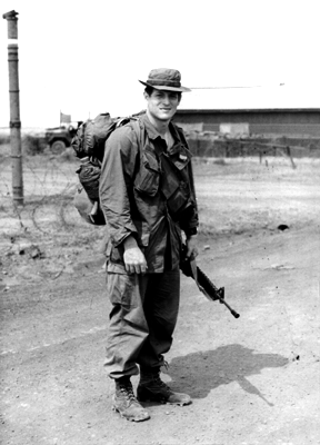 Gore with the 20th Engineer Brigade in Bien Hoa as a journalist with the paper The Castle Courier AlGoreVietnam.png