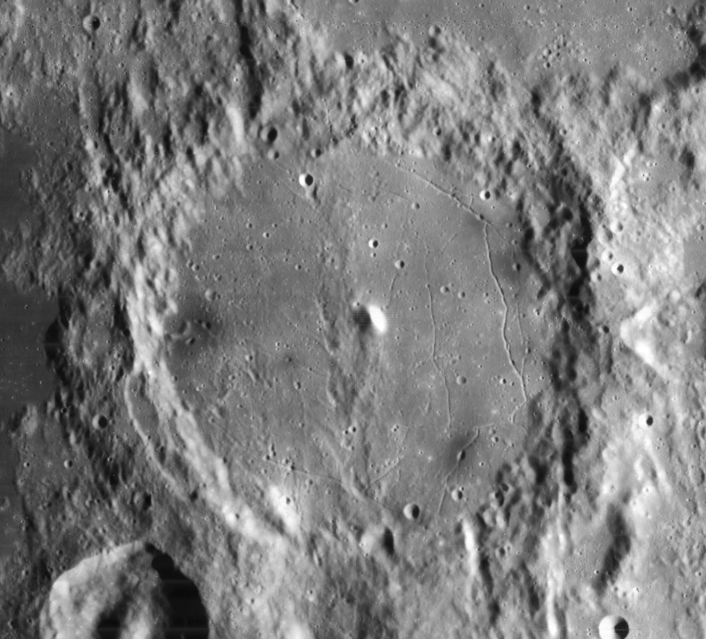 Alphonsus crater 4108 h2.jpg
