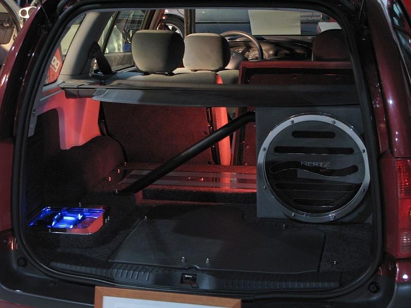 File:Automobile hifi equipment.jpg