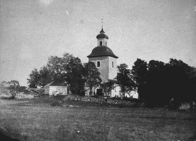 File:Brännkyrka kyrka gravkapell relief.jpg