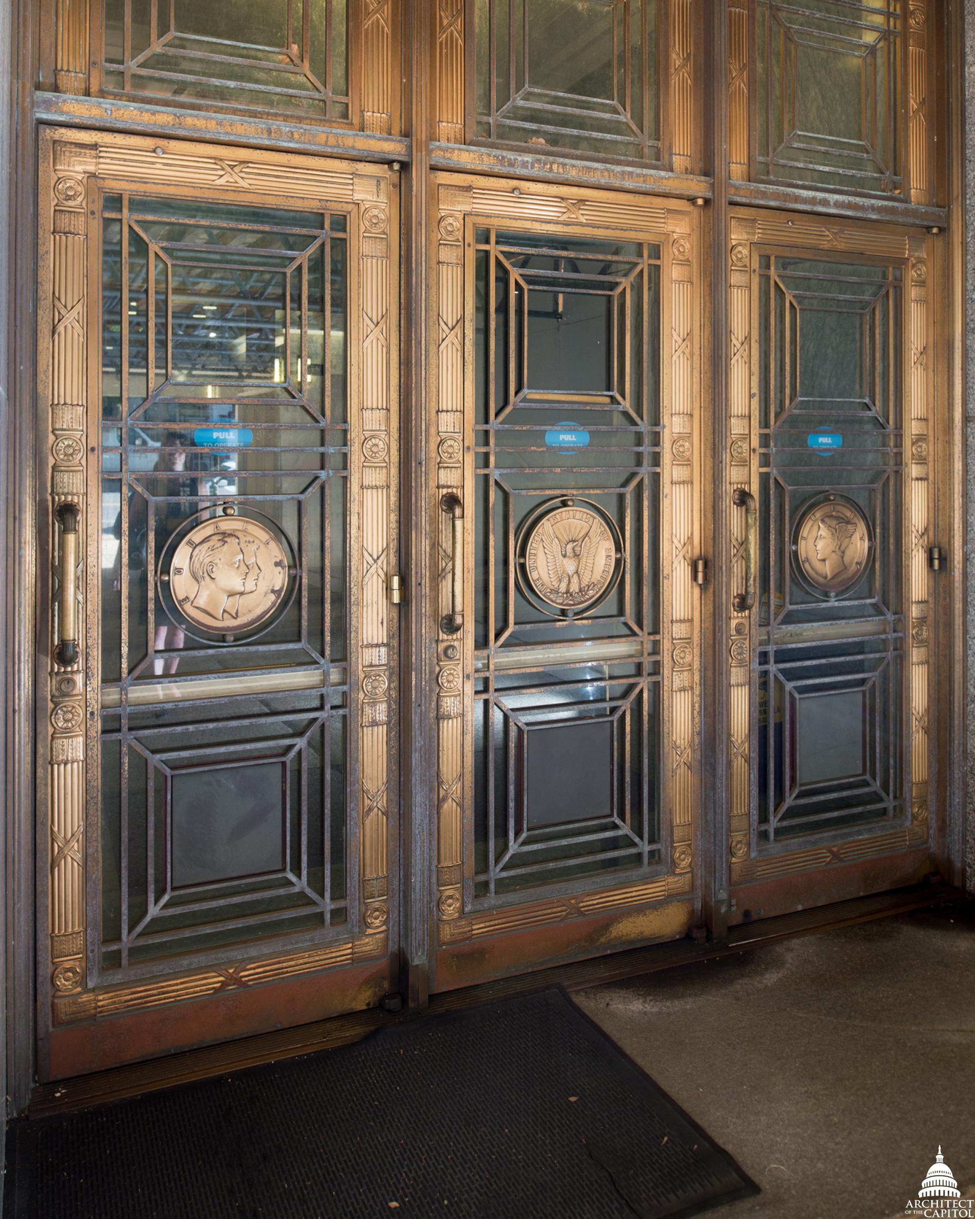 FileBronze Door Medallions (29168706441).jpg & File:Bronze Door Medallions (29168706441).jpg - Wikimedia Commons